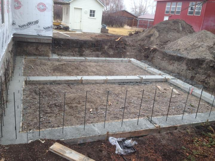 concrete footing and rebar